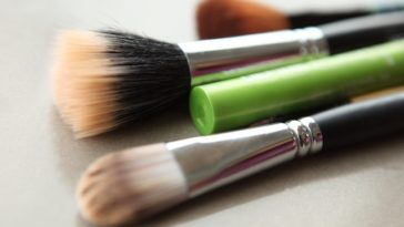 makeup brushes for vitiligo